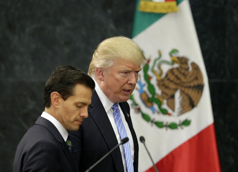 Trump e Peña Nieto durante encontro na Cidade do México. 31/8/2016. REUTERS/Henry Romero