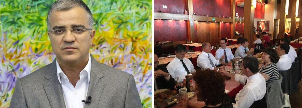 """Em um duro artigo, o colunista Kennedy Alencar classificou como """"desserviço"""" e """"absurdo"""" a atuação do procurador Deltan Dallagnol e outras autoridades junto ao relator na Câmara do projeto contra corrupção, Onyx Lorenzoni (DEM-RS), que resultou na retirada do crime de responsabilidade para juízes e MP do texto; """"É vergonhoso vindo de quem diz combater a corrupção"""", diz Kennedy; """"O Ministério Público é um fiscal da lei para proteger a sociedade. Uma democracia não pode ter juízes e procuradores intocáveis. A pior ditadura é a do Judiciário, porque a esse poder cabe a última palavra para resolver os conflitos na sociedade"""""""