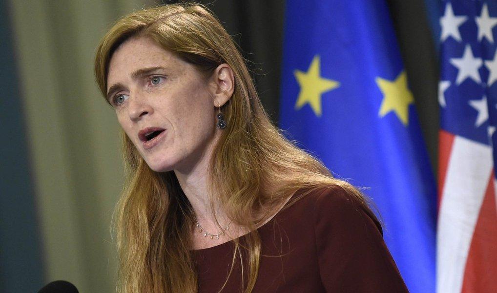 """Os Estados Unidos confirmaram que o Irã testou um míssil de médio alcance capaz de usar armamentos nucleares; teste do armamento foi considerado como sendo """"uma violação clara à resolução 1929 do Conselho de Segurança da ONU""""; """"Os Estados Unidos estão profundamente preocupados com o recente lançamento do míssil balístico do Irã"""", disse a embaixadora norte-americana na ONU, Samantha Power"""