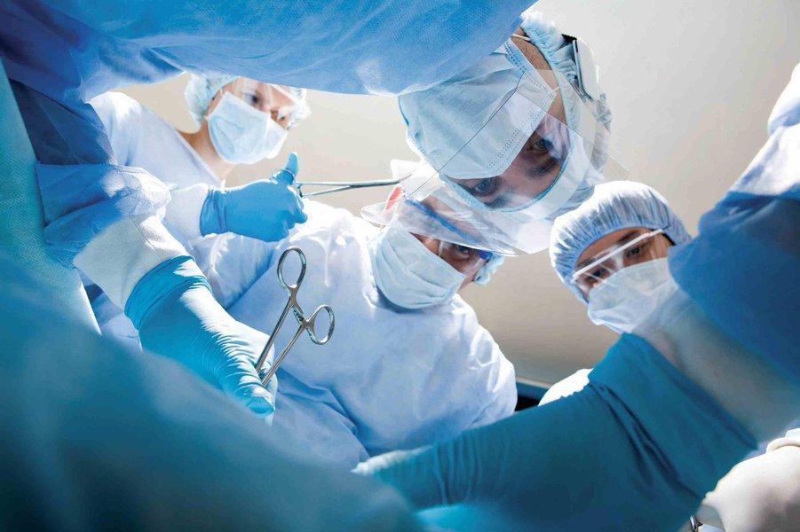 O Ceará já superou este ano o número de transplantes de córnea e coração realizados no primeiro quadrimestre de 2015. Até o dia 22, foram feitos no Estado 272 transplantes de córnea e sete de coração. No total, foram realizados 406 transplantes nos quatro primeiros meses de 2016