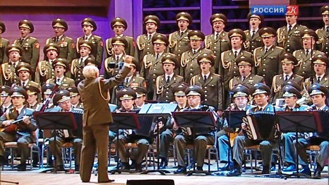 Fernando Brito, editor do Tijolaço, escreve sobre a Alexander Ensemble, coral e grupo de bailarinos que estavam no avião russo que desapareceu no Mar Negro e foram ignorados pela mídia ocidental; assista