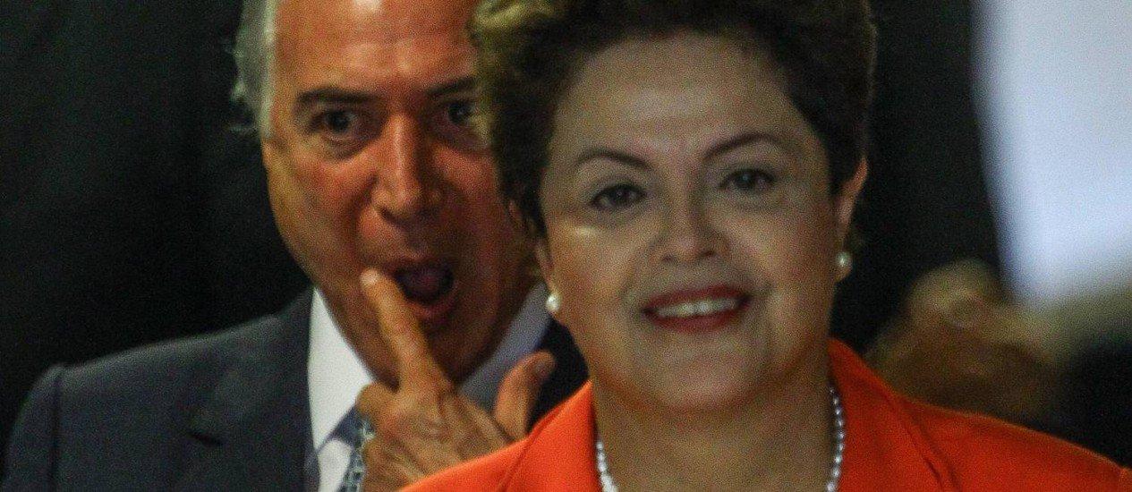 A carta enviada por Temer à Presidenta Dilma, lamentando a falta de confiança dela em relação a ele e ao seu partido, parece uma justificativa da própria deslealdade. Ele imputou à Presidenta a responsabilidade pela atitude dele na conspiração pelo impeachment