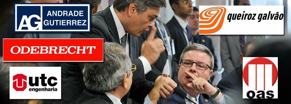 Dono da campanha mais cara entre todos os candidatos ao Senado em 2014, o relator do pedido de impeachment da presidente Dilma Rousseff recebeu doações de R$ 2 milhões das empreiteiras Andrade Gutierrez, UTC, OAS, Odebrecht e Queiroz Galvão e o banco BTG Pactual, todos citados na Lava Jato; quatro das empreiteiras citadas participaram de consórcios que construíram a Cidade Administrativa do governo de Minas Gerais, que teve custo de mais de R$ 1 bilhão, inaugurado em 2010