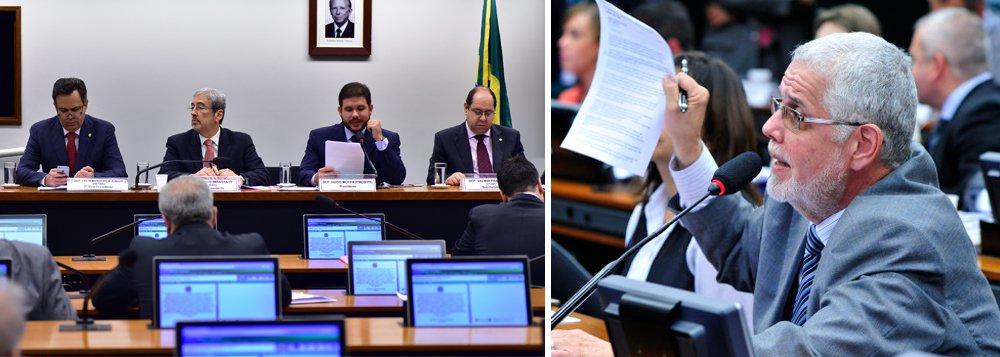 Documento entregue nesta quinta-feira à CPI da Petrobras pelo deputado Jorge Solla (PT) traz a contabilidade extraoficial da Odebrecht do fim da década de 1980, que aponta pagamento de propina para políticos como percentual das obras executadas pela empreiteira naquela época; na lista, há políticos aposentados e parlamentares que estão na ativa, como o deputado baiano Antônio Imbassahy, do PSDB, membro da CPI e identificado com o codinome de 'Almofadinha'; entre os mais conhecidos, estão o senador Jader Barbalho (PMDB), o ex-ministro Edison Lobão (PMDB), o prefeito de Manaus, Arthur Virgílio (PSDB), o ex-deputado João Agripino Maia Neto, o empresário Fernando Sarney, o deputado José Sarney Filho e a ex-governadora Roseana Sarney