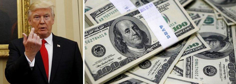 Fala dodiretor do Conselho Nacional do Comércio dos Estados Unidos, Peter Navarro, com críticas à Alemanha se juntou a declarações do presidente Donald Trump, acusando a China de manipulação do câmbio indicam:novo governo quer dólar em queda; na Ibovespa, divisa americana é cotada a R$ 3,13
