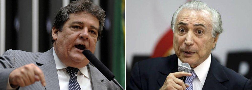 """Silvio Costa (PT do B-PE) ironiza a composição do eventual governo de Michel Temer: """"Temer não está querendo montar um ministério, mas, sim, um posto de gasolina. Só tem gente da Lava Jato""""; são cotados para a equipe os peemedebistas Romero Jucá e Henrique Eduardo Alves, investigados pelo Supremo, e Geddel Vieira Lima, citado nas delações; """"Num plano mais geral, o que eu posso dizer é que a investigação ainda é o que é, uma investigação. Então, não sei se isto é um fator impeditivo de uma eventual nomeação"""", afirmou o vice"""