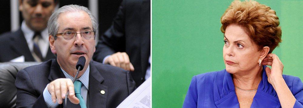 """Número foi levantado em pesquisa Datafolha; levantamento apontou que 45% dos 513 deputados defendem a saída de Eduardo Cunha (PMDB-RJ), enquanto 25% pregam sua permanência e 30% não se posicionaram; levantamento também mostrou que oposição não tem votos para abrir eventual impeachment; em vez dos dois terços necessários, ela teria apenas 39%; o número, no entanto, não seria absolutamente confiável segundo o diretor do instituto;""""Há um número significativo de parlamentares escondendo o jogo"""", diz Mauro Paulino; ontem, presidente da Câmara revogou o rito do impeachment acertado com a oposição, que havia sido suspenso pelo Supremo Tribunal Federal, e chamou novamente a qiestão para si"""
