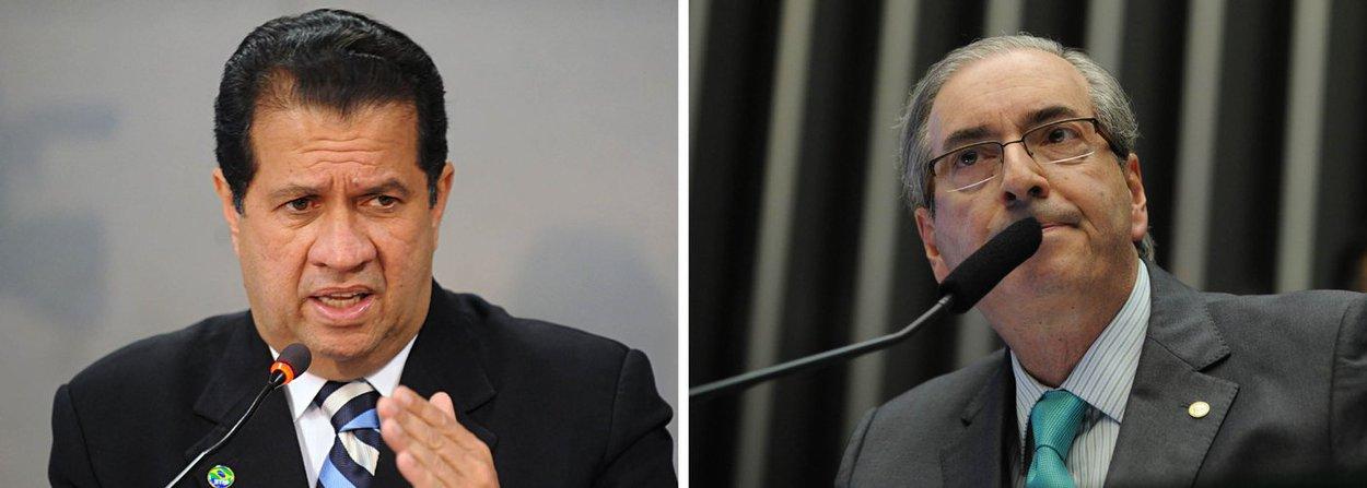 """A Executiva Nacional do PDT divulgou nota nesta quarta (21) na qual defende o afastamento do deputado Eduardo Cunha (PMDB-RJ) da presidência da Câmara; o texto reivindica o """"afastamento imediato do atual presidente da Câmara diante da comprovada quebra de decoro parlamentar, comprovada através de vários documentos denunciados pelo MP""""; """"Através destes fatos, afirmamos que o deputado perdeu as condições políticas de se manter à frente da presidência da Câmara"""", diz o documento, assinado pelo presidente do PDT, Carlos Lupi, e os líderes das bancadas do partido na Câmara, Afonso Motta (RS), e no Senado, Acir Gurgacz (PR); na nota, o partido se coloca contra o impeachment da presidente Dilma Rousseff"""