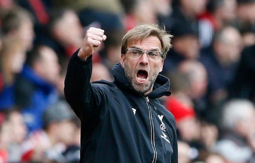 """O técnico do Liverpool, Juergen Klopp, irá acabar com o jejum de títulos do clube e levá-lo a conquistar troféus, disse o meia brasileiro Philippe Coutinho; clube perdeu três partidas em casa dentro de uma semana, deixando duas competições de Copas e ficando em quarto na tabela da Liga Inglesa; """"Sim, foi uma semana ruim, mas estamos olhando além disto. É claro, acreditamos que podemos vencer títulos com este técnico e eu assinei porque o técnico é um vencedor"""", disse Coutinho"""
