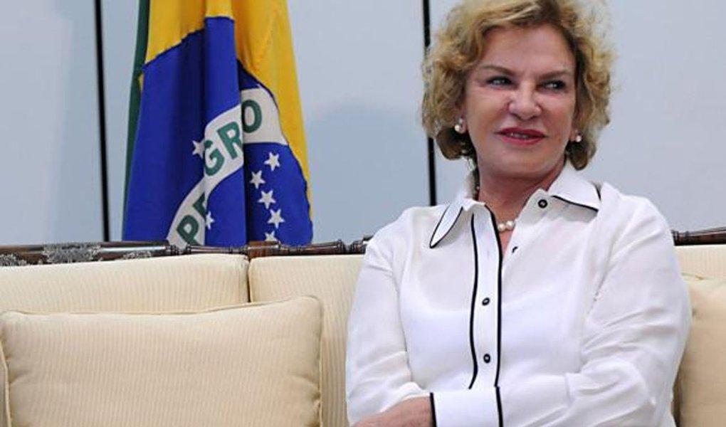Ex-primeira-dama Marisa Letícia Lula da Silva permanece internada na UTI do Hospital Sírio-Libanês, em São Paulo, segundo boletim médico divulgado nesta quinta-feira, 26, pela instituição; ela está sedada e com a pressão intracraniana controlada, depois que de um procedimento para passagem de um cateter ventricular