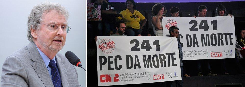 """Representantes da Academia Brasileira de Ciências e da Sociedade Brasileira para o Progresso da Ciência (SBPC) temem um """"desastre"""" na ciência com a aprovação da PEC do teto dos gastos; cientistas alertam para o risco de congelamento dos investimentos nos níveis atuais, perpetuando o estado de crise do setor;""""Se continuarmos na situação atual por mais 20 anos será mortal; vamos voltar ao status de colônia extrativista"""", diz Luiz Davidovich, da ABC"""
