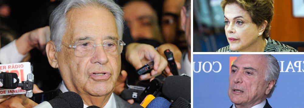 """Por mais que defenda o impeachment da presidente Dilma Rousseff, o ex-presidente Fernando Henrique Cardoso, talvez por excesso de zelo ou ato falho, só consegue se referir às acusações contra ela como um """"crime"""" entre aspas; """"Trata-se de que houve, sim, """"crime"""" de responsabilidade, seguido de um brutal enfraquecimento político do governo"""", afirma; em relação ao futuro, ele afirma que o vice-presidente Michel Temer deve abraçar a agenda do PSDB, que foi derrotada nas últimas quatro eleições presidenciais; """"Cabe ao presidente escolher sua equipe, assim como cabe aos partidos, especialmente ao PSDB, que não participou da antiga base governamental, apresentar a agenda indispensável para o momento"""", afirma"""