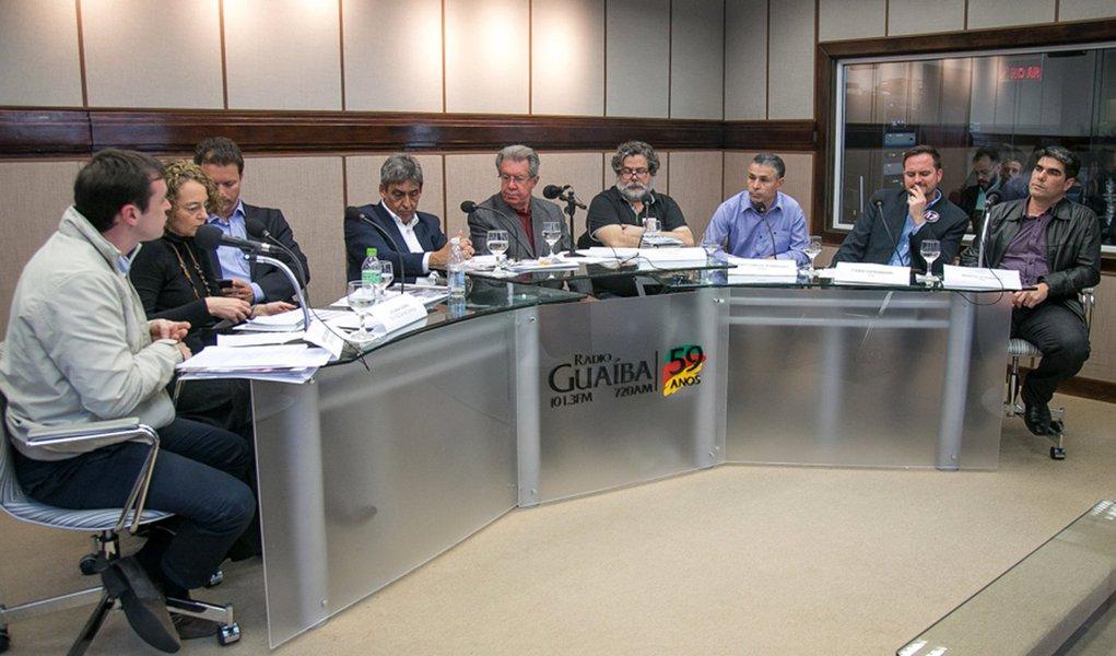 O candidato do PSDB é até agora quem mais recebeu doações, com bastante folga; a campanha de Nelson Marchezan Jr. arrecadou, até o momento, R$ 1.152.391, sendo R$ 1.102.391 oriundos de pessoas físicas e apenas R$ 50 mil de partidos; a campanha de Raul Pont arrecadou até agora R$ R$ 578.278, e a de Sebastião Melo, R$ 530.300