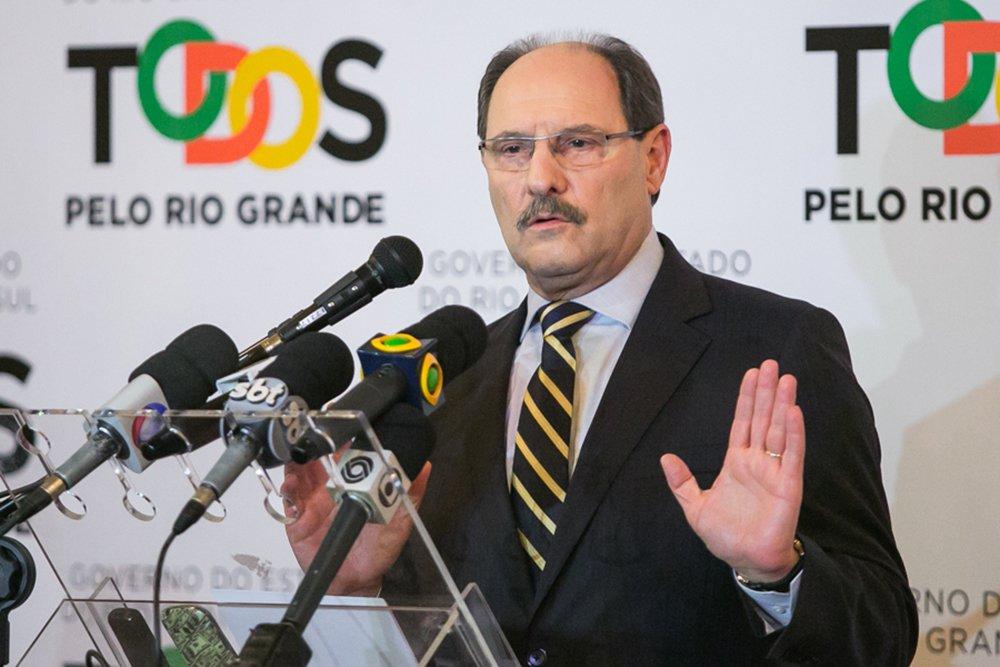 06/08/2015 - PORTO ALEGRE, RS, BRASIL - Entrevista coletiva do governador José Ivo Sartori, no Palácio Piratini. Foto: Guilherme Santos/Sul21