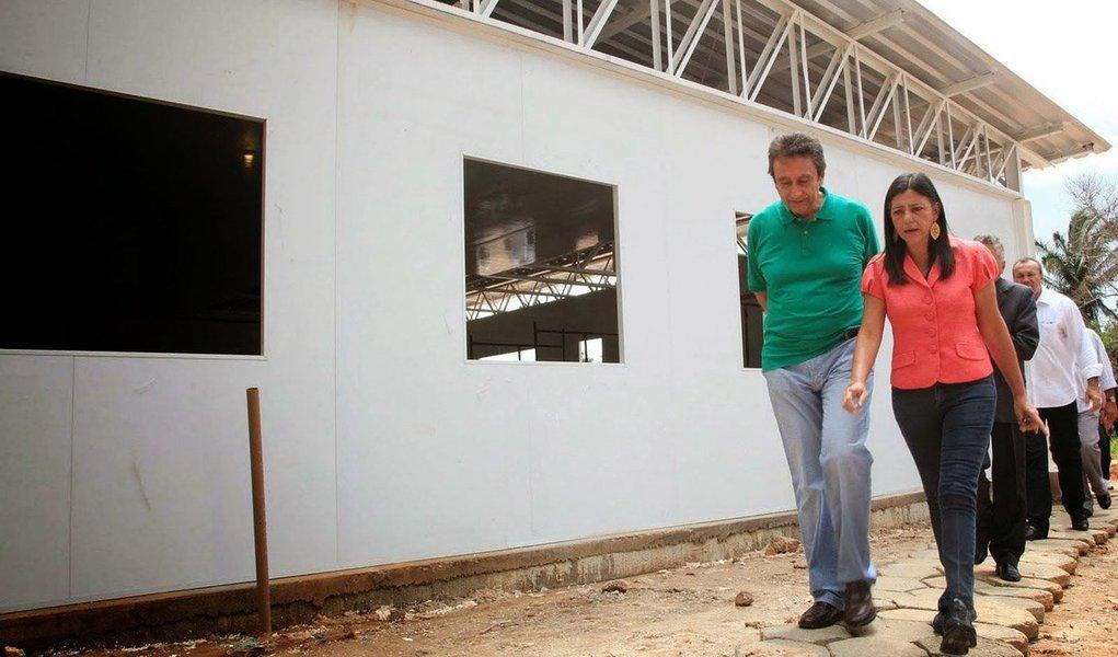 Em ação de improbidade administrativa, o Ministério Público Federal atribui ao ex-secretário de Saúde do Maranhão Ricardo Murad, cunhado da ex-governadora Roseana Sarney (PMDB), e aos outros investigados, suspeitas de desviar mais de R$ 8 milhões em verbas para a construção de unidades de saúde durante o governo da peemedebista