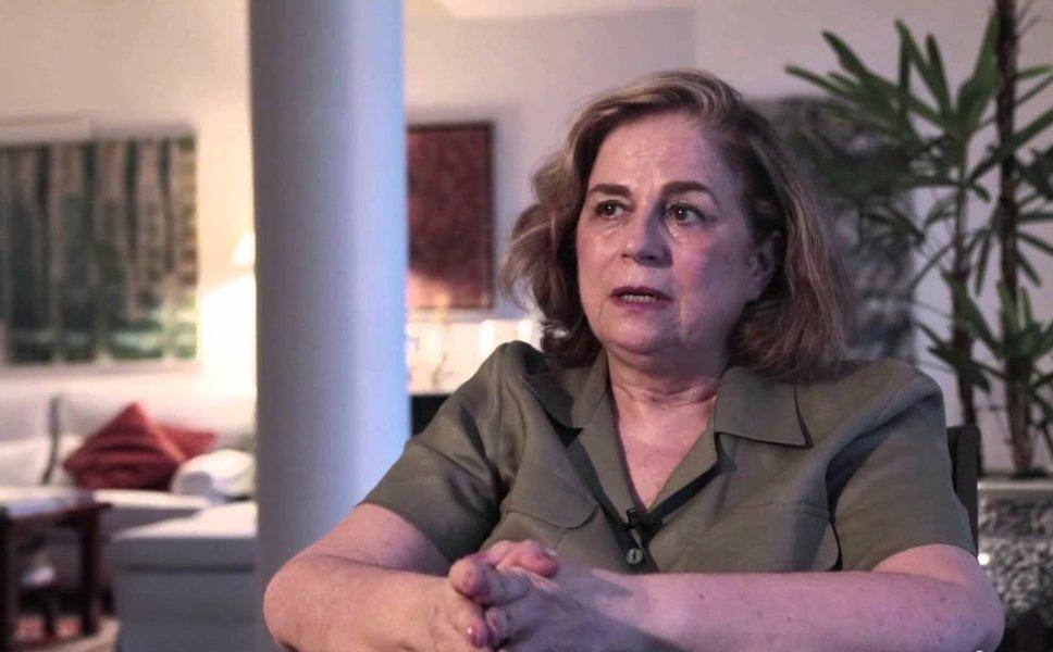 """Em artigo no seu blog, a jornalista Hildegard Angel compara o momento atual do Brasil ao golpe de 1964, que """"dilacerou"""" sua família;""""Há cheiro de 1964 no ar. Não apenas no Brasil, mas também nas vizinhanças. Acho então que é chegada a hora de dar o meu depoimento. Dizer a vocês, jovens de 20, 30, 40 anos de meu Brasil, o que é de fato uma ditadura. Se a Ditadura Militar tivesse sido contada na escola, como são a Inconfidência Mineira e outros episódios pontuais de usurpação da liberdade em nosso país, eu não estaria me vendo hoje obrigada a passar sal em minhas tão raladas feridas, que jamais pararam de sangrar"""", escreve Hildegard"""