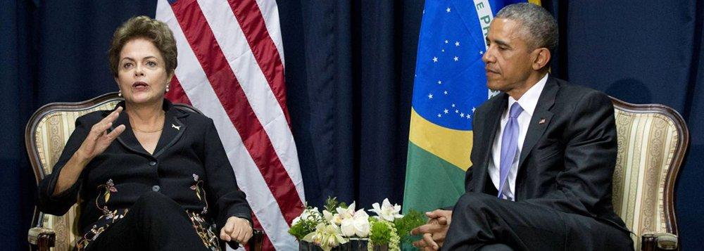 """Em conferência telefônica, o assessor do Conselho de Segurança Nacional do presidente Barack Obama, Ben Rhodes, e o diretor sênior para assuntos do Hemisfério Ocidental, Mark Feierstein disseram quehaverá """"anúncios concretos"""" para o aumento de """"comércio, investimentos, viagens e cooperação de Defesa"""" dos dois países navisita da presidente Dilma Rousseff a Washington; """"Os dois países atualmente fazem US$ 100 bilhões em comércio por ano, isso dobrou em dez anos. Acreditamos que podemos dobrar esse comércio de novo nos próximos dez anos. O que eu acho que vamos ver nesta visita são passos que nos levarão nesta direção"""",disse Feierstein"""
