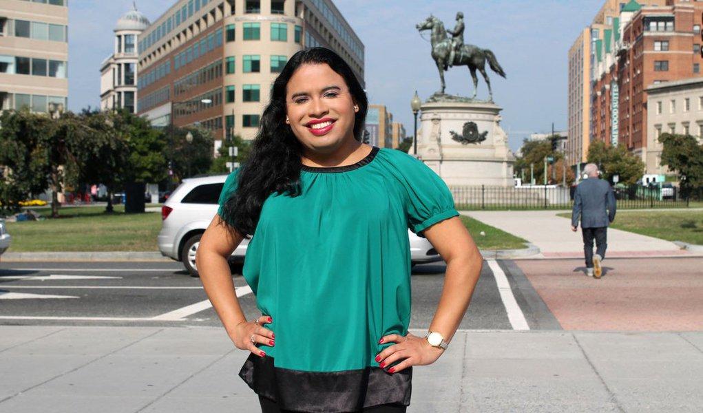 Raffi Freedman-Gurspan tomou posse para trabalhar como diretora de Recursos Humanos da Casa Branca; Valerie Jarrett, uma das assessoras do presidente Barack Obama, ressaltou que a nova funcionária sempre trabalhou em defesa dos transexuais norte-americanos
