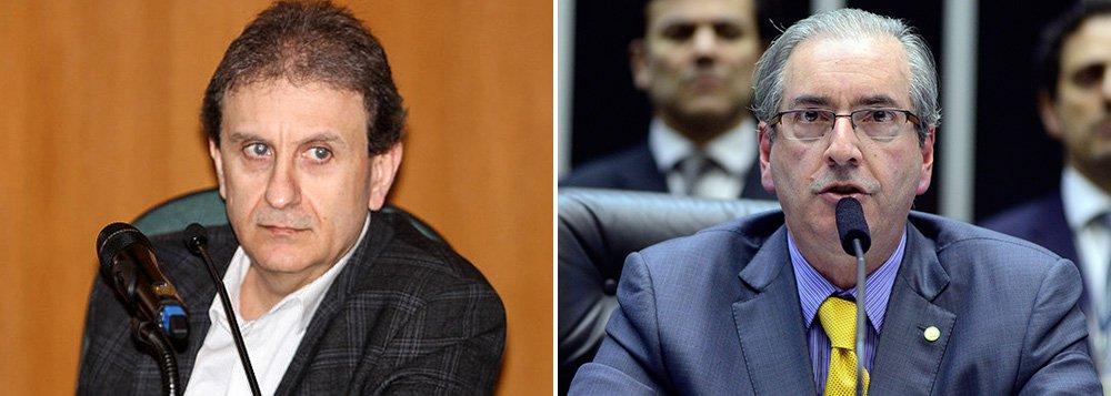 Em depoimento ao juiz Sérgio Moro, doleiro Alberto Youssef afirmou que o presidente da Câmara, Eduardo Cunha (PMDB-RJ), era um dos beneficiários da propina - de cerca de R$ 4 milhões - paga pelo aluguel de navios-sonda para a Petrobras, em 2006; ele reafirmou ainda que partiu de Cunha requerimentos feitos na Câmara para pressionar a empresa Mitsui, que estaria atrasada no pagamento da propina em 2011, usando suposto relato do empresário Julio Camargo; Camargo, no entanto negou o envolvimento do peemedebista.Crédito foto:VagnerLealdo Rosário
