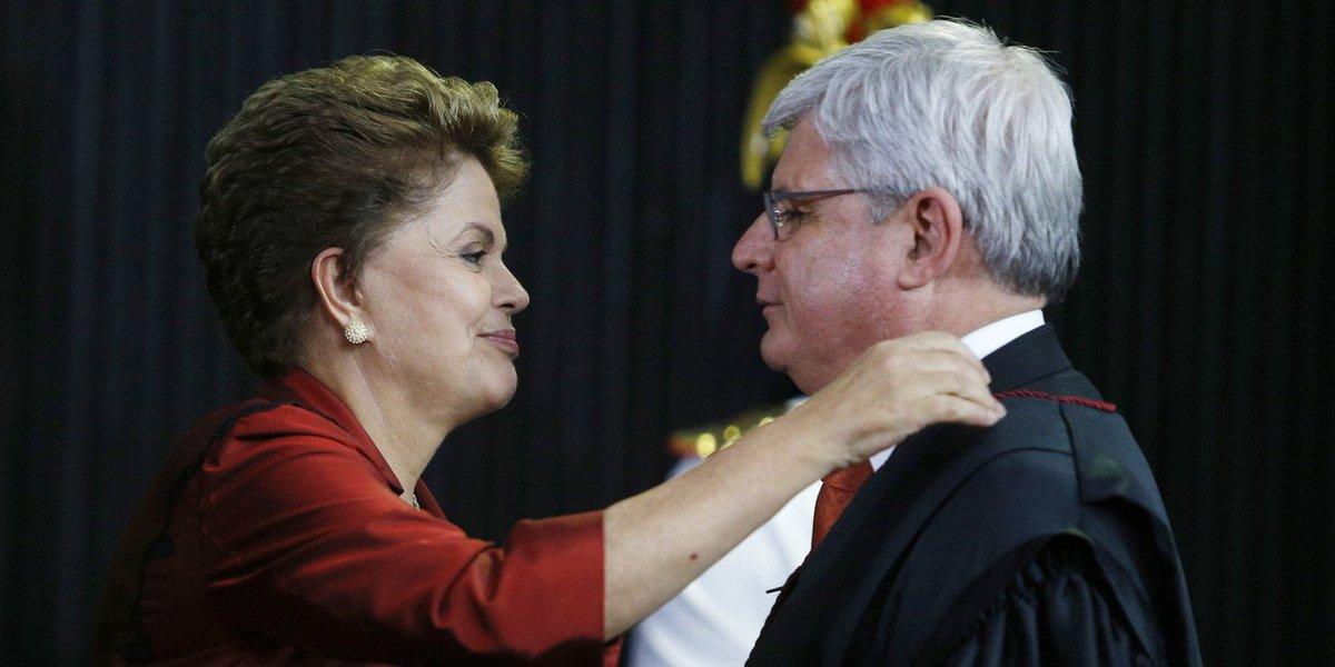 A Operação Politeia criou um problemaço para a presidente Dilma Rousseff: indicar ou não o procurador-geral da República, Rodrigo Janot, comprando uma briga com o Congresso?
