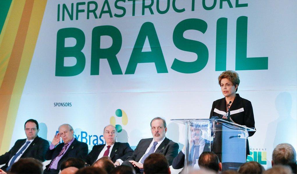 Em discurso no encerramento do Encontro Empresarial sobre Oportunidades de Investimento em Infraestrutura no Brasil, em Nova York, a presidente Dilma Rousseff disseque o Brasil quer ampliar as relações com os Estados Unidos, não apenas entre os governos, mas também com as empresas norte-americanas, a sociedade e com a academia