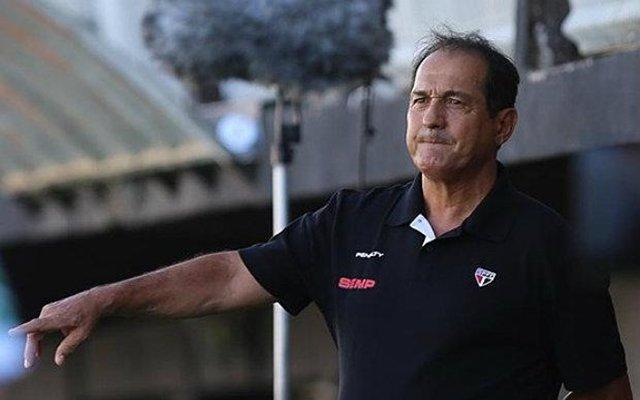 Depois da derrota por 1 a 0 para o Atlético Nacional nesta quarta-feira, o técnico do São Paulo afirmou que poupará seu time para a partida contra o Santos, em Cuiabá.