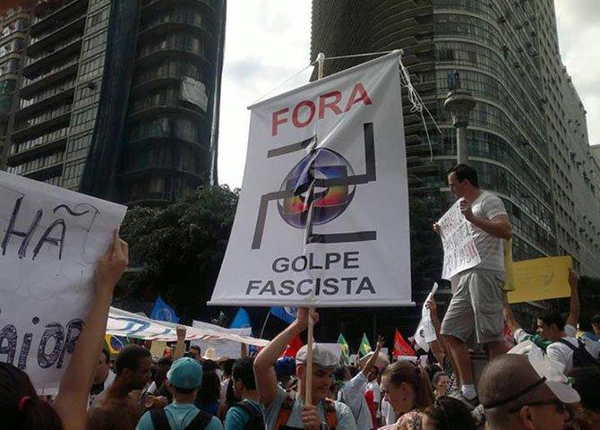 A grande perdedora de 2014 foi a grande imprensa – TV Globo, O Globo, Folha de S.Paulo, Estado de São Paulo, revistas Época e Veja – que abdicou do jornalismo para descambar na panfletagem política