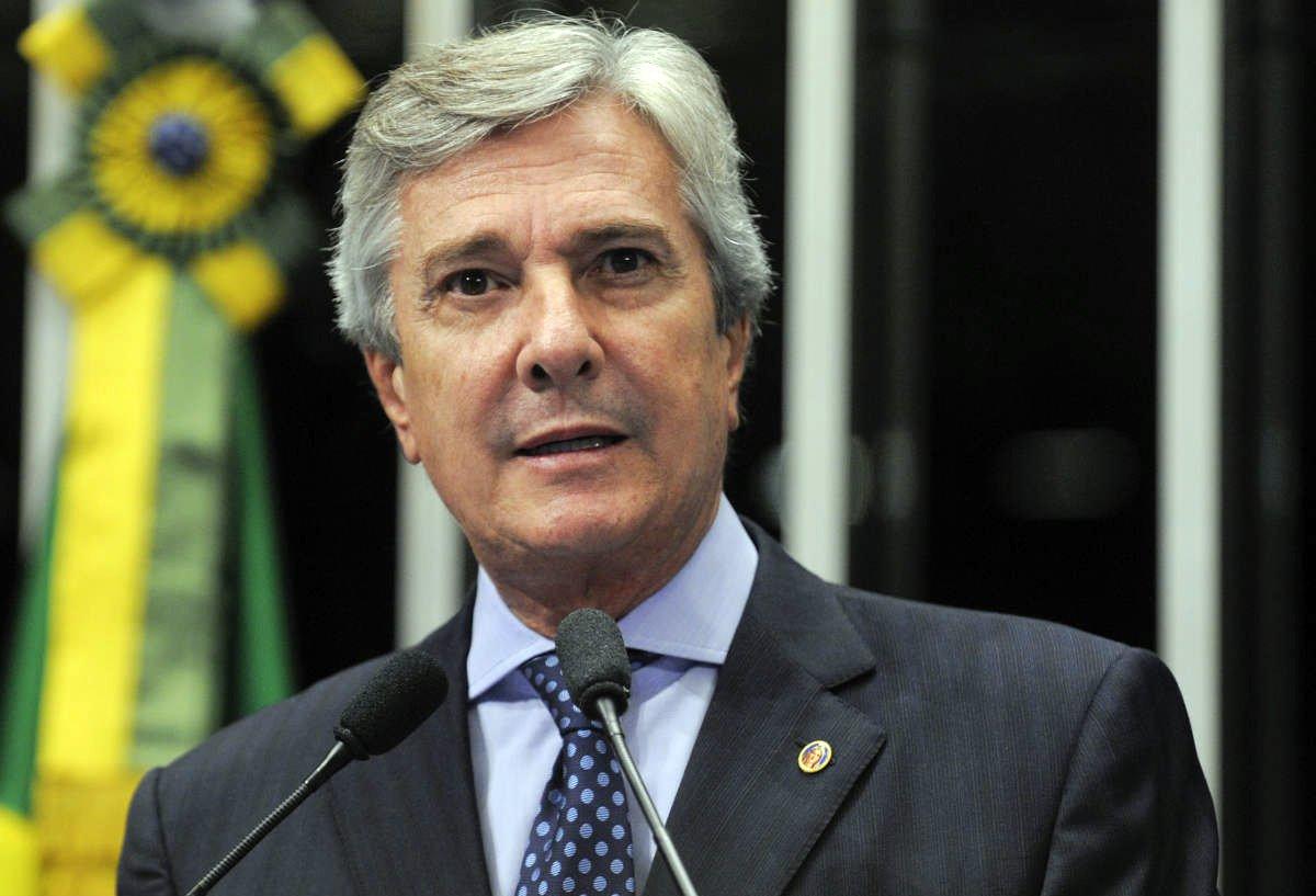 Em discurso na tribuna do Senado, senador Fernando Collor (PTB-AL).  Moreira Mariz/Ag�ncia Senado