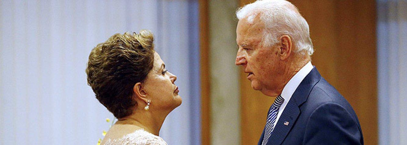 """Vice-presidente dos Estados Unidos, Joe Biden, conversou por telefone nesta sexta-feira com a presidente Dilma Rousseff sobre cooperação em segurança, energia, comércio e outras questões; """"O vice-presidente reafirmou a importância estratégica da relação bilateral e enfatizou o compromisso dele e do presidente (Barack) Obama de trabalhar com a presidente Dilma Rousseff para avançar nossos interesses cada vez mais comuns como dois parceiros hemisféricos e globais"""", disse a Casa Branca em comunicado"""
