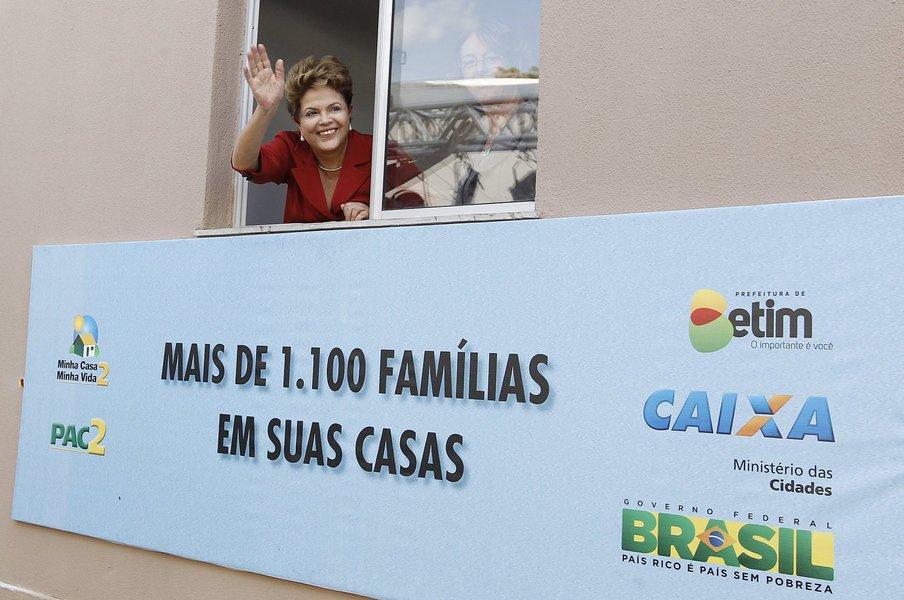 A presidente Dilma Rousseff estará em Juazeiro, no Vale do São Francisco, na sexta-feira (14) para inaugurar mais um empreendimento do programa Minha Casa, Minha Vida; quem informa é Rui Costa, no seu programa semanal de rádio, o 'Digaí, Governador!';na sexta à tarde, Dilma participa de dois fóruns, abrindo espaço tanto para apresentar os projetos de governo na Bahia como para ouvir dos empresários e do movimento social sugestões para o governo