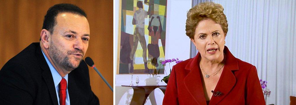 """Ministro-chefe da Secretaria de Comunicação Social, Edinho Silva, disse nesta quarta-feira 6 que a presidente Dilma deve intensificar o diálogo com a população por meio das redes sociais;""""A presidenta não está fora do rádio nem da TVs nem dos jornais nem das revistas. Ela se comunica cotidianamente utilizando esses instrumentos de comunicação. O que a presidenta tem feito, e fez no dia 1º de maio, foi priorizar a comunicação por meio das redes sociais, valorizando um modal de comunicação. Isso não significa que os demais não serão utilizados"""""""