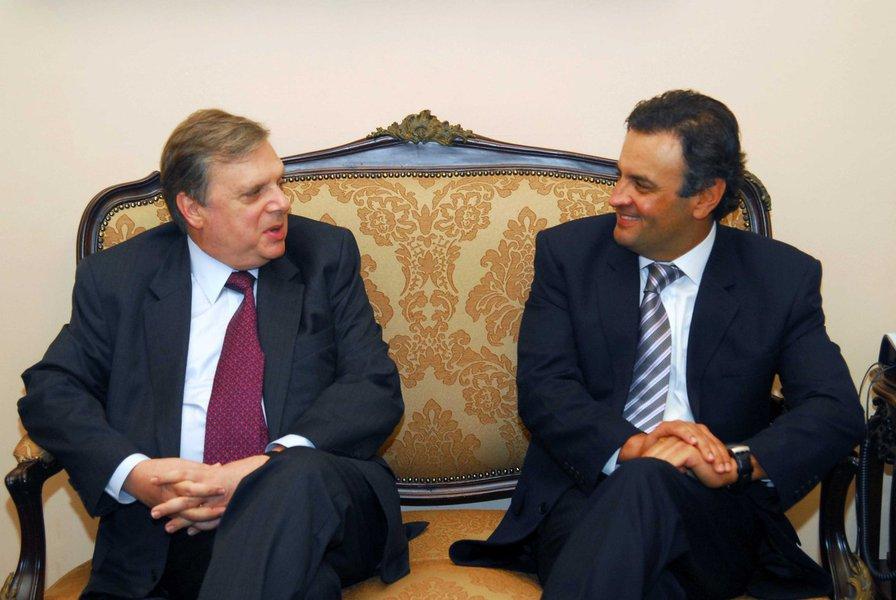 PSDB discutiu golpe na casa de Tasso Jereissati