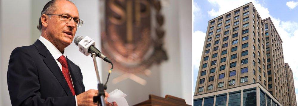 Alckmin troca cúpula da Receita em meio a fraudes