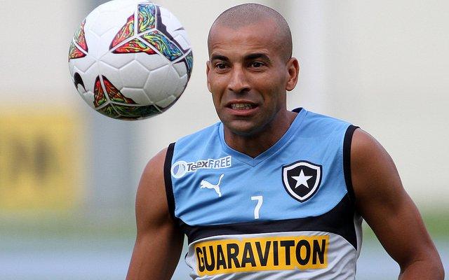 A grave situação financeira que vive o Corinthians neste ano tem um agravante. O clube paga integralmente ou divide os salários de 12 jogadores emprestados a outros times, gastante um total de R$3,6 milhões por mês entre os vencimentos e impostos