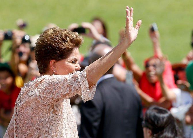 """Se as forças democráticas do Brasil não entenderem o sentimento de mudança que está em gestação no atual """"silêncio da sociedade brasileira"""", podemos ser surpreendidos com engodos que significarão golpes contra a jovem democracia brasileira"""