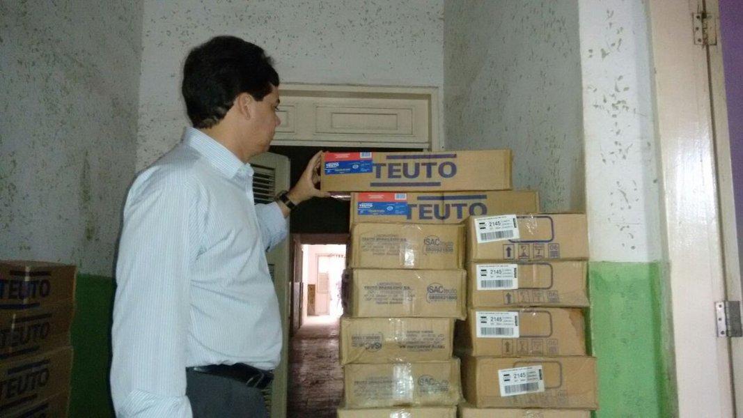 Outro depósito de medicamentos vencidos foi encontrado no município de Quixadá. É o segundo lote encontrado após denúncias da Câmara de Vereadores. Hoje o vereador Higo Carlos entregou as novas provas ao Ministério Público do Ceará