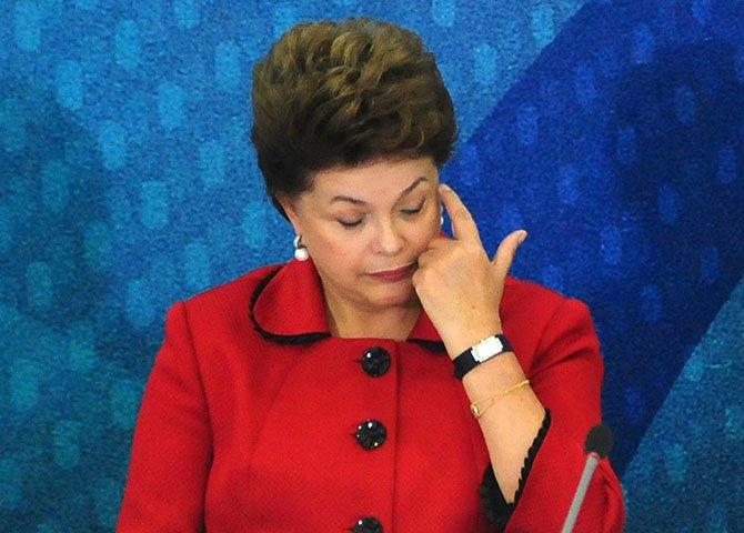 Dilma acreditou que calaria a boca da oposição ao mudar a política econômica, mas está isolada e corre o risco de enterrar o legado dos governos de esquerda