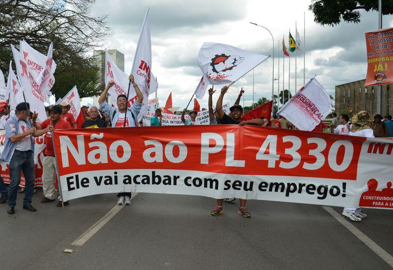 15 de abril é dia de paralisação nacional com protesto contra projeto da terceirização