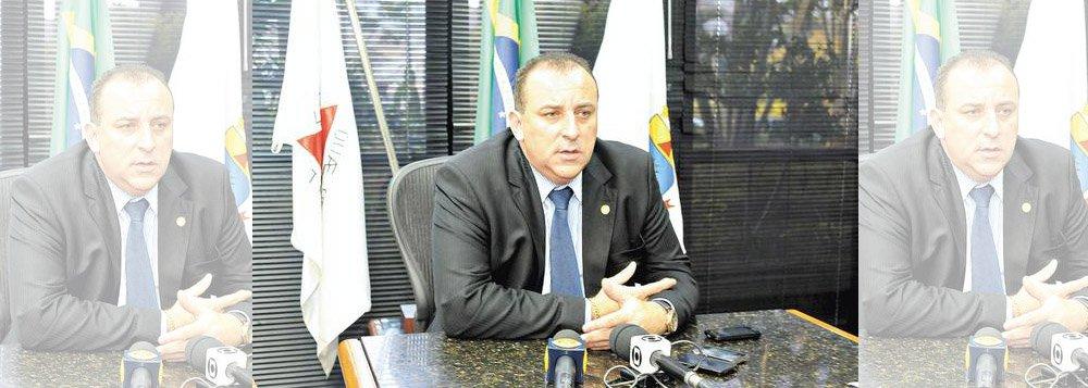 """O novo presidente da Câmara de Belo Horizonte foi definido; Wellington Magalhães, do PTN, vai presidir a casa legislativa pelos próximos dois anos; """"Eu só tenho que agradecer os 25 e eu sei que vou governar com os 41. E tudo que eu fiz na minha campanha, que eu prometi, vai ser cumprido"""", disse"""