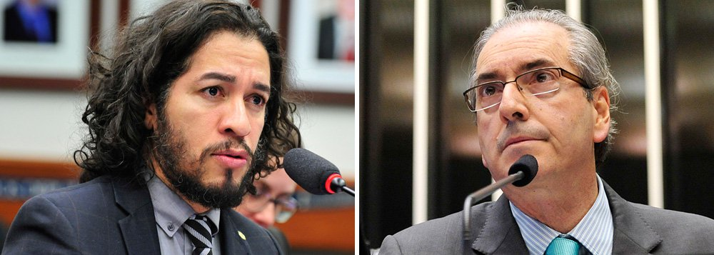 """Deputado alerta que o presidente da Câmara, Eduardo Cunha (PMDB-RJ), e """"seus discípulos"""" preparam um """"golpe"""" para votar novamente a proposta de redução da maioridade penal, """"mais uma de suas manobras para votar novamente uma proposta quase idêntica, dando um golpe em nossa Constituição, e impor a sua vontade autoritária""""; segundo Jean Wyllys (PSOL-RJ),Cunha """"vai tentar fazer o mesmo que fez com o financiamento empresarial de campanha: como perdeu, quer votar de novo"""""""