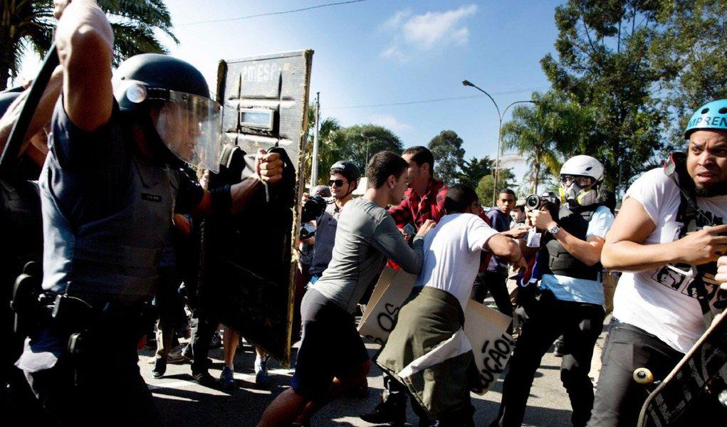 A verdade é que as polícias deste País injusto foram criadas ainda no Brasil Colônia e consolidadas no Brasil Império. Trata-se de corporações policiais portadoras da ideologia da caça