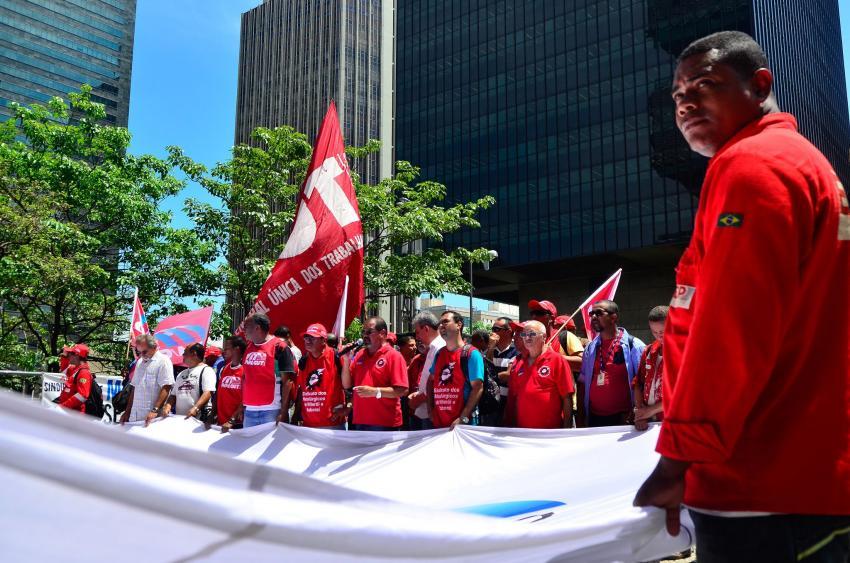 Chegou a hora de mais mobilizações na defesa da democracia do Brasil e da Petrobras