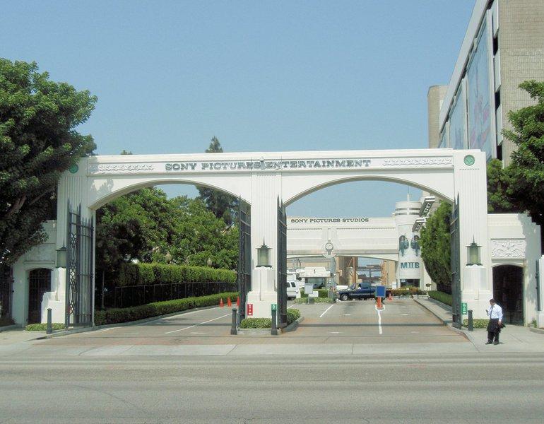 """A Coreia do Norte propôs uma investigação conjunta com os Estados Unidos sobre o ciberataque contra a Sony, classificando a acusação do FBI de que o país estaria por trás do ataque de """"calúnia"""", disse a mídia estatal neste sábado; um porta-voz do Ministério do Exterior norte-coreano afirmou que haveria """"consequências graves"""" se Washington não concordasse com a investigação conjunta e continuasse a acusar o país, segundo a agência de notícias oficial KCNA"""