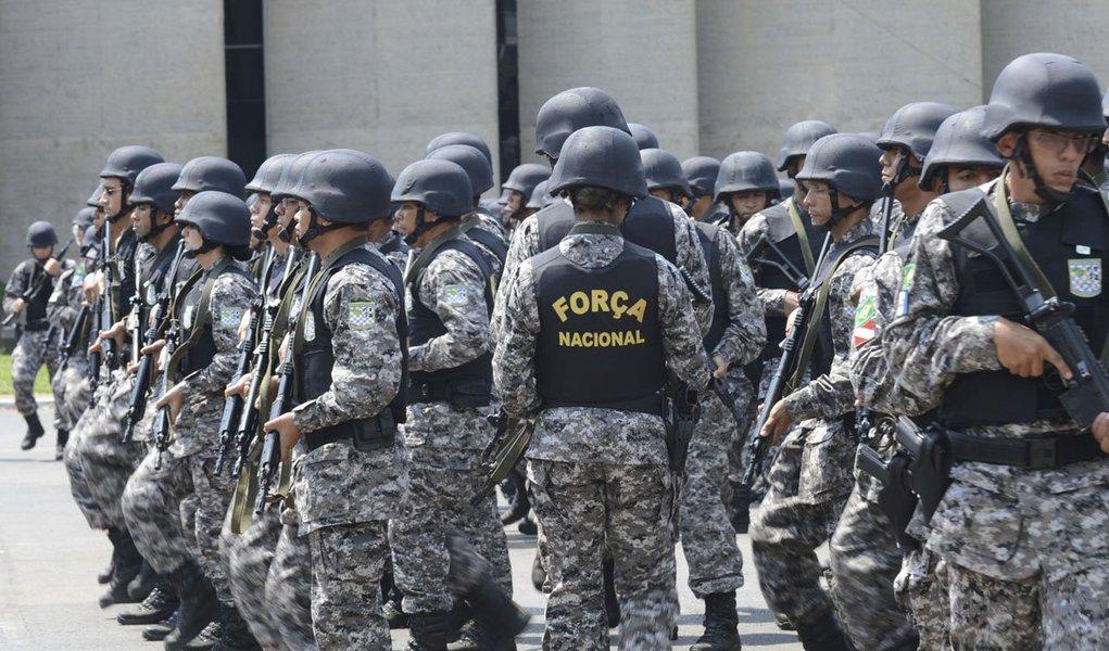 Por unanimidade, os ministros doTribunal Superior Eleitoral (TSE)entenderam que o governo do estado precisa concordar com o envio das tropas; o pedido foi feito pelo presidente do Tribunal Regional Eleitoral do Rio de Janeiro (TRE-RJ), Bernardo Garcez