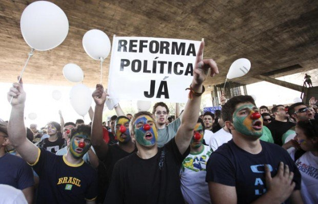Por que FHC, Aécio, Aloísio e sua turma não conclamam o povo pela reforma política?