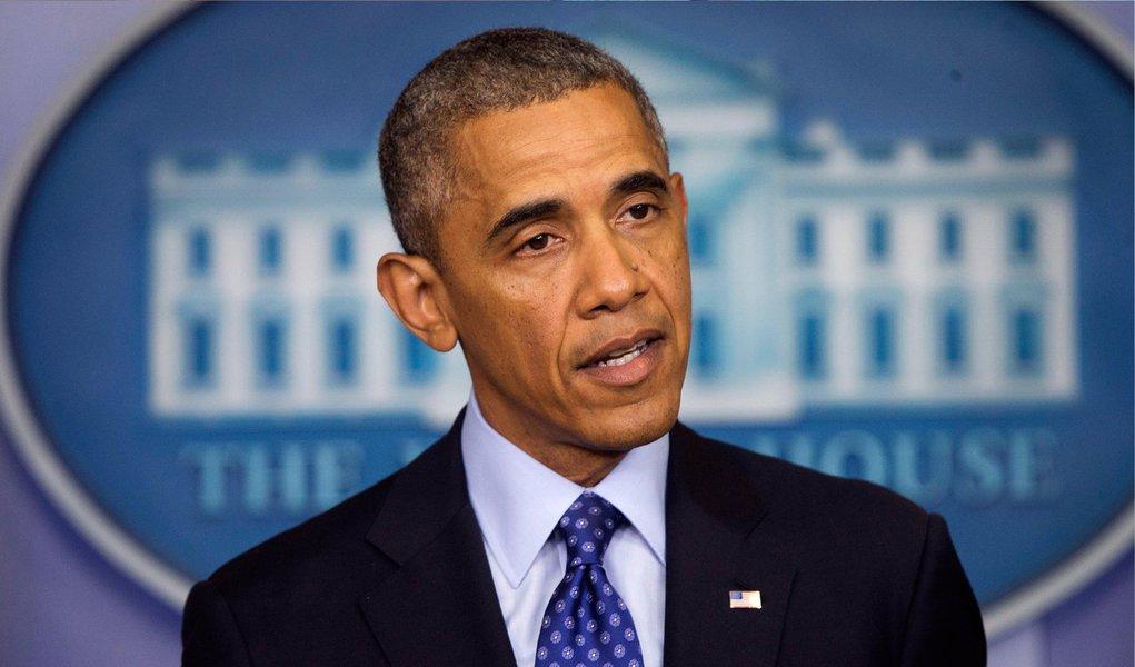 Presidente dos EUA notificou formalmente o Congresso que autorizou ataques aéreos no Iraque para ajudar na entrega de ajuda humanitária à cidade xiita sitiada de Amerli, informou a Casa Branca em comunicado
