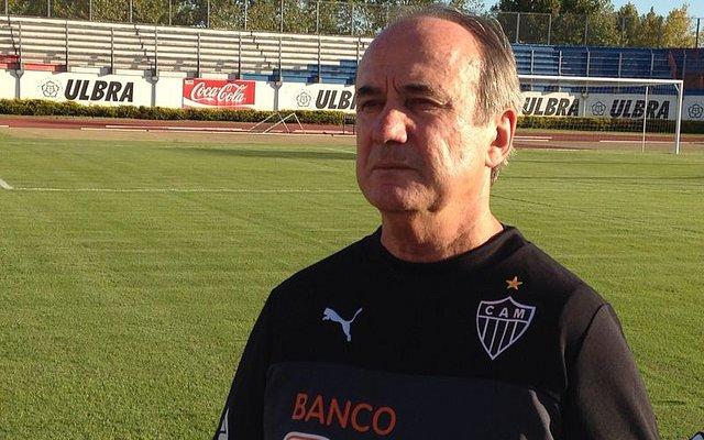 O treinador do Atlético disse, no entanto, quer que situação seja definida apenas ao término da temporada, para não atrapalhar o o final do importante ano do Galo