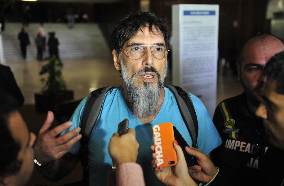 Ao que tudo indica, o movimento golpista está em declínio. Além das brigas internas, ele já não conta com a total simpatia dos caciques do PSDB