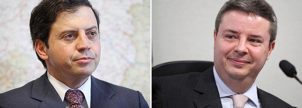 """Deputado Rodrigo de Castro (PSDB-MG) deve ser o candidato tucano à prefeitura de Belo Horizonte; senador eleito Antonio Anastasia não se mostra disposto a aceitar a """"missão"""""""