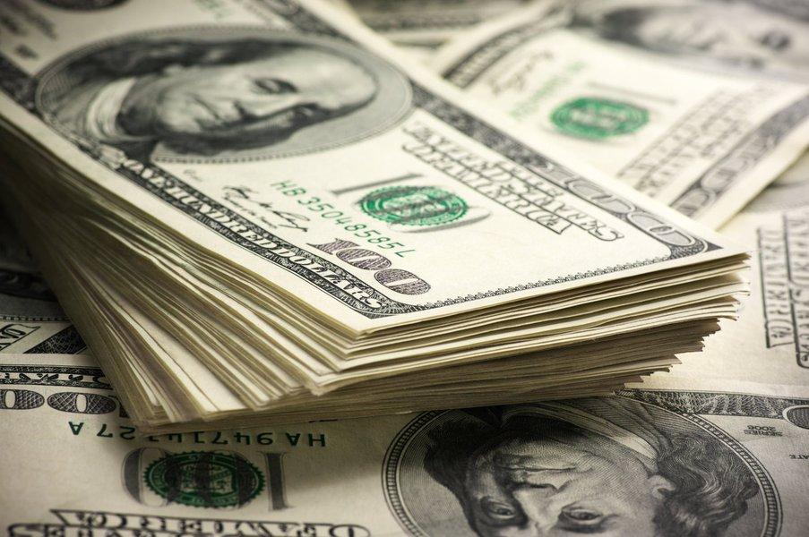 Os fatores que explicam a alta da moeda americana